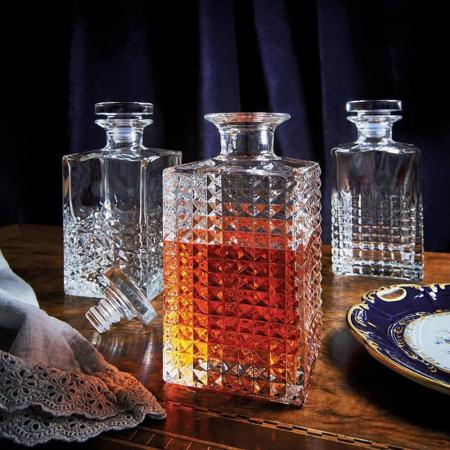 Set cadou decantor Whiskey Sticla cu 4 pahare Elixir [3]