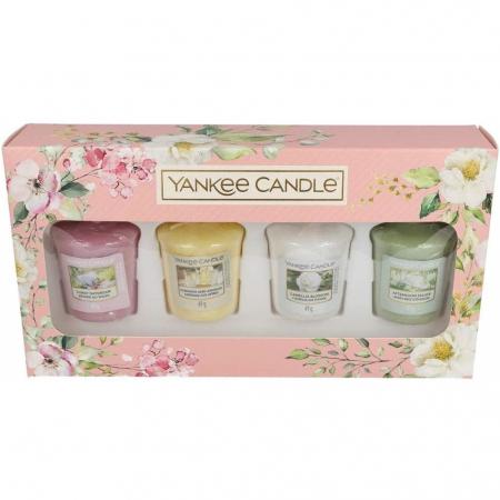 Set cadou lumanari parfumate Yankee Candle votive spring bouquet5