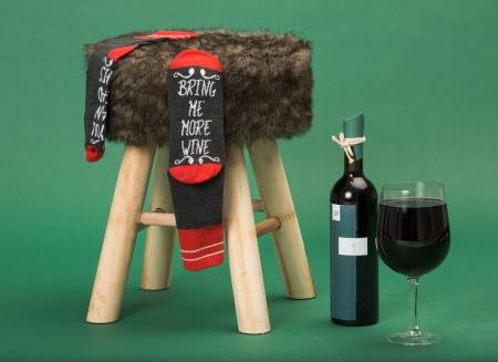 Sosete Amuzante Bring Me Wine1