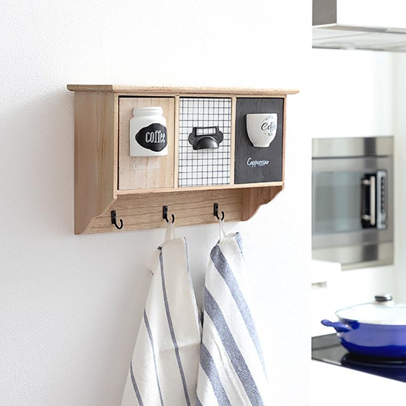 Cuier perete lemn cu organizator cafea
