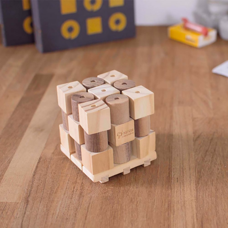 X si 0, Joc 3D din lemn