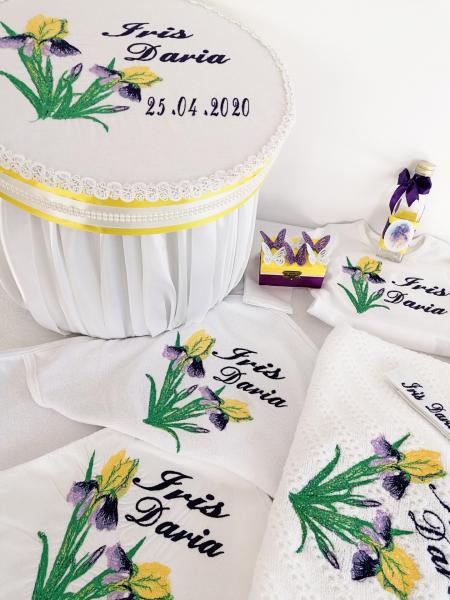 Trusou botez personalizat Floare de Iris [1]