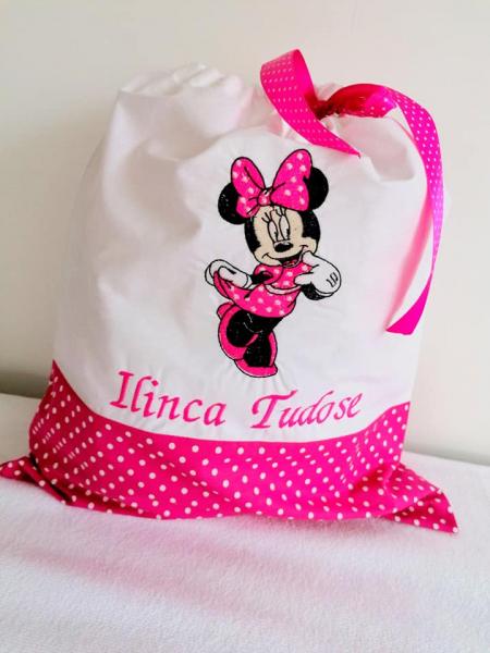 Set personalizat gradinita Minnie Mouse [0]