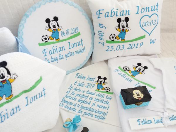 Trusou botez personalizat Mickey Mouse [3]