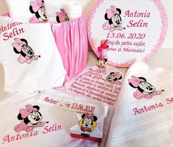 Trusou botez personalizat complet Minnie Mouse [0]