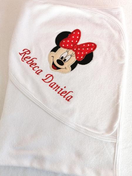 Trusou botez personalizat 8 piese Minnie Mouse [3]