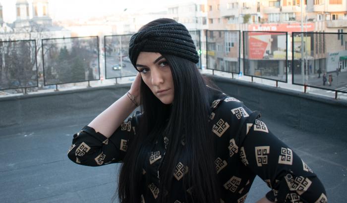 Bentita Lara Black 1