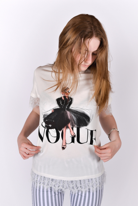 Tricou Vogue alb cu dantela 0