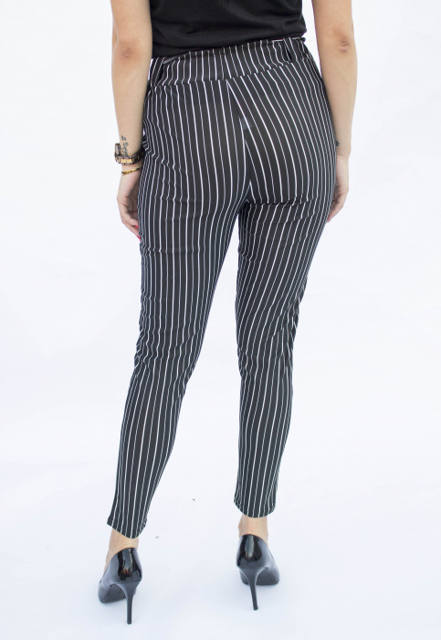 Pantaloni negri cu dungi 2