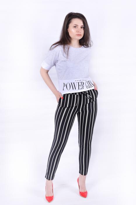 Pantaloni negri cu dungi albe 3