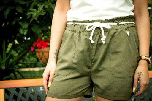 Pantaloni scurti Olive [1]