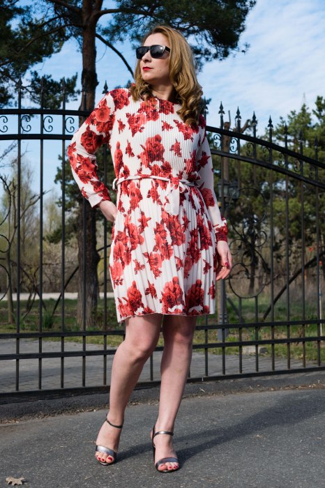 Rochie Red Flowers 2