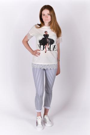 Tricou Vogue alb cu dantela1