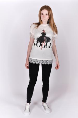 Tricou Vogue alb cu dantela4