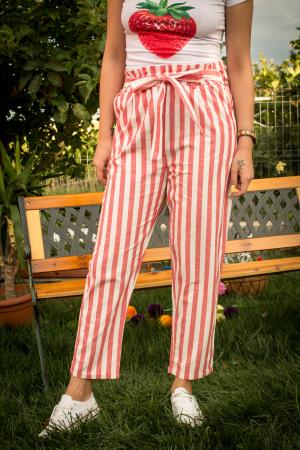 Pantaloni cu dungi si cordon in talie [0]