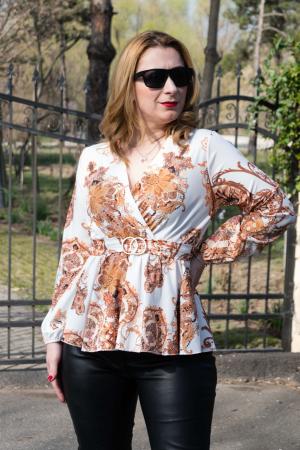 Bluza Jennifer White2