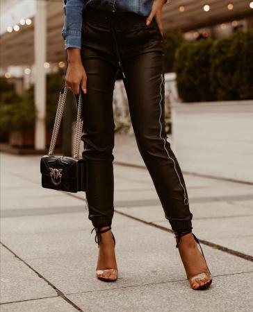 Pantaloni Debbie Black [2]