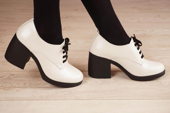 Pantofi dama din piele naturala alba MSPD54921-21 [2]