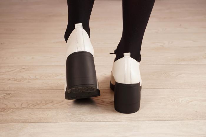 Pantofi dama din piele naturala alba MSPD54921-21 [4]