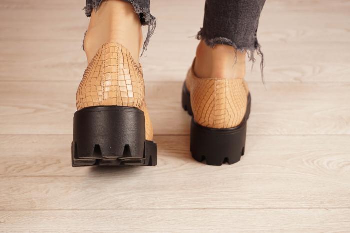 Pantofi dama din piele naturala croco bej MSPD55320-21 [4]