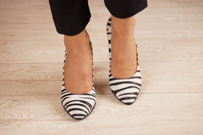 Pantofi dama din piele naturala cu imprimeu MSPD190-26-20 [2]