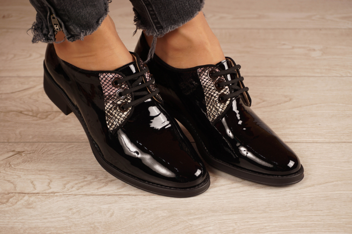 Pantofi dama din piele naturala lacuita neagra MSPD55319-1-20 [0]