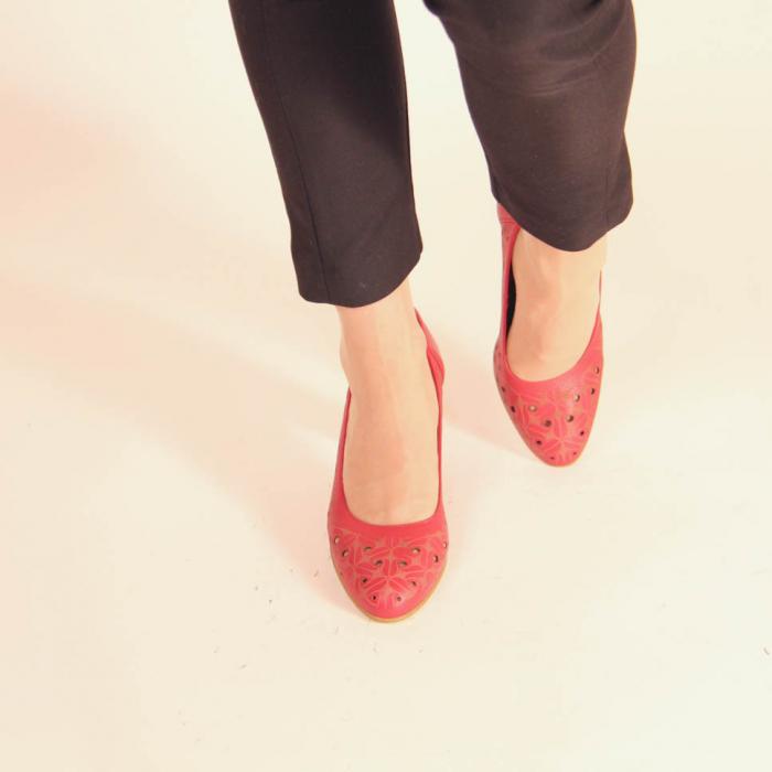 Pantofi dama din piele naturala rosie laserata MSPD51820L38-20 [2]