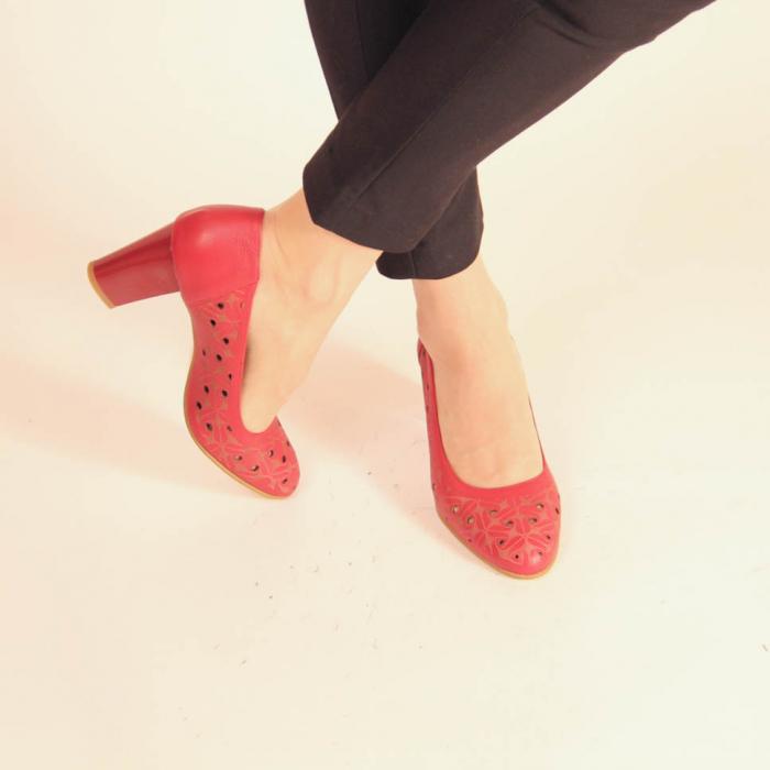 Pantofi dama din piele naturala rosie laserata MSPD51820L38-20 [1]