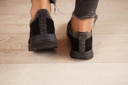 Adidasi dama din camoscio negru MSPD60920-204