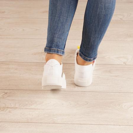 Adidasi dama din piele naturala bizonata alba MSPD61220-203