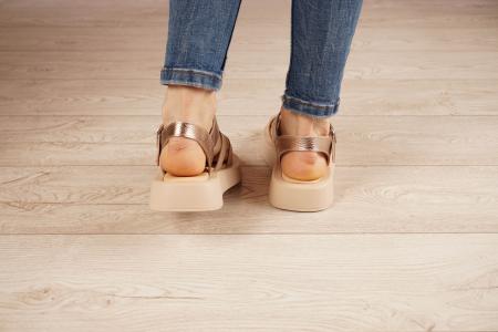 Sandale din piele naturala pe un fundal nude MSSD3421-21 [4]