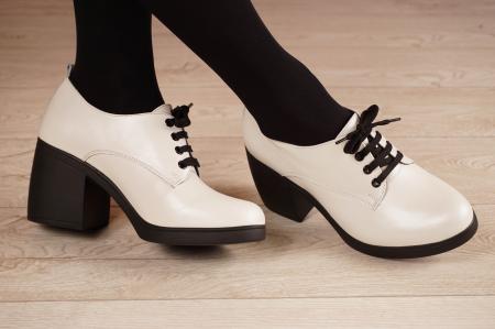Pantofi dama din piele naturala alba MSPD54921-21 [0]