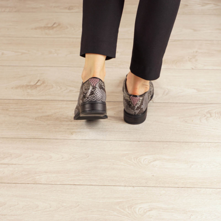 Pantofi dama din piele naturala cu imprimeu MSPD54620-203
