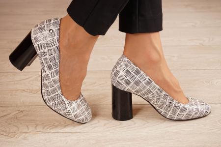 Pantofi dama din piele naturala cu imprimeu MSPD56820-2-20 [1]