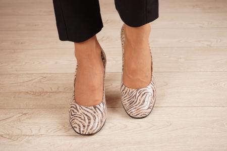 Pantofi dama din piele naturala cu imprimeu MSPD59620-20 [2]