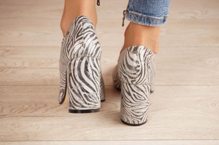 Pantofi dama din piele naturala cu imprimeu zebra MSPD56820-1-20 [3]