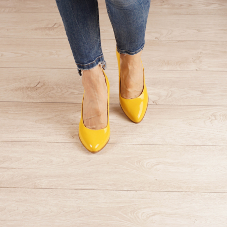 Pantofi dama din piele naturala lacuita galbena MSPD53719-5-20 [2]