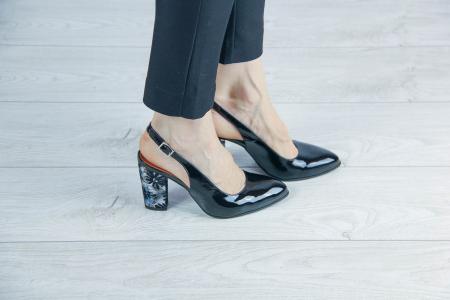 Sandale din piele naturala lacuita MSSD52417-1-20 [0]