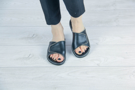 Papuci din piele naturala neagra cu margele MSSD2120-20 [2]