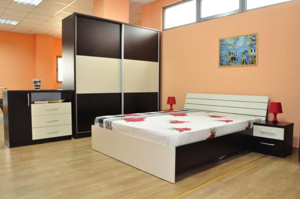 Dormitor cu usi culisante Milano 0