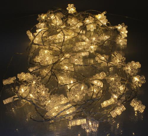 Perdea luminoasa tip turturi cu fulg de nea 90 LED-uri albe lumina calda cablu transparent WELL 1