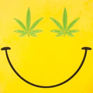 Perna decorativa Emoji Cannabis Happy Face2