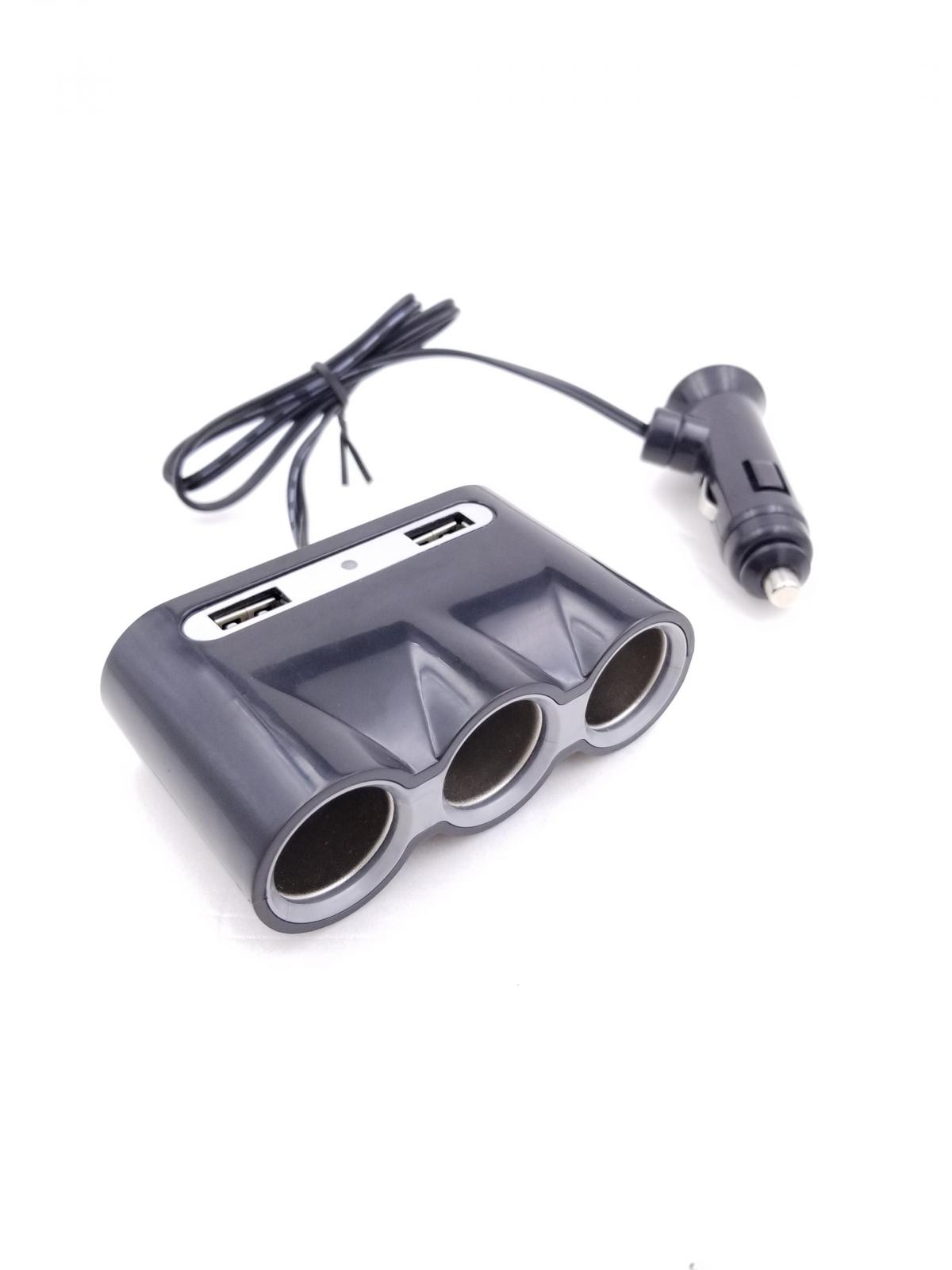 Multiplicator bricheta auto cu 3 iesiri si 2 iesiri USB 5V 3A Well