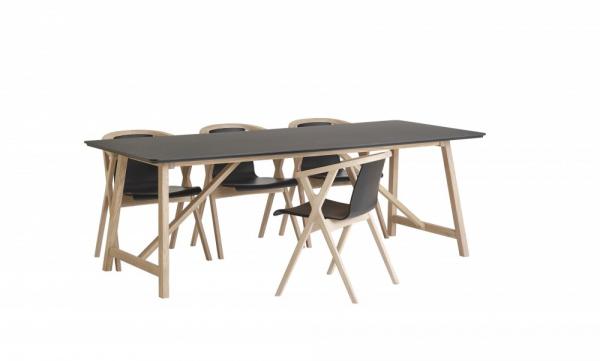 CASØ 502 dining table black laminate 2