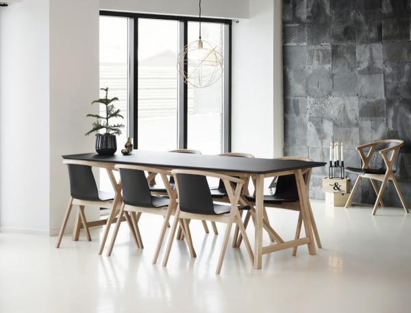 CASØ 502 dining table black laminate 1