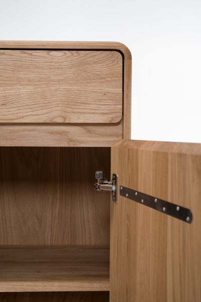Cabinet Fawn [12]