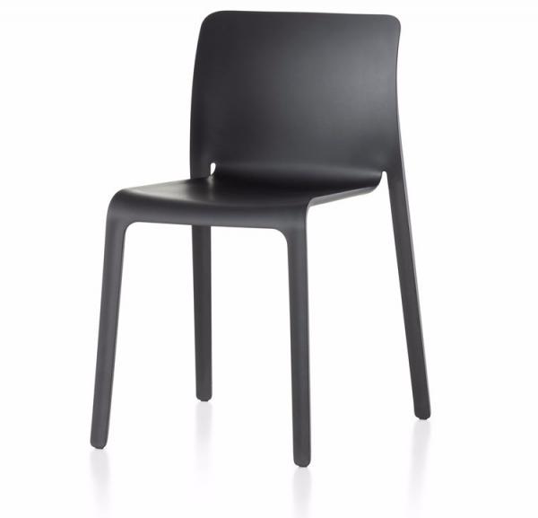 First Chair – Magis 0