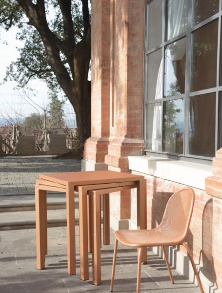 Nova Square Table 70×70 – Emu [21]