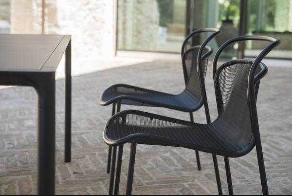 Modern Chair – Emu 14