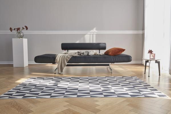 Canapea de zi Ghia cu picioare cromate 14